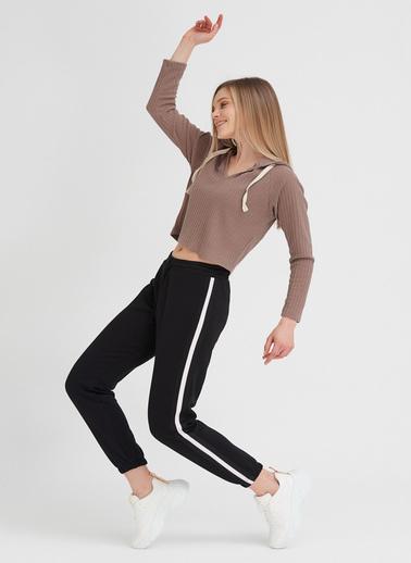 Gusto Kadın Pembe Beli Lastikli Yanı Şeritli Pantolon 20SEM1000Y Siyah